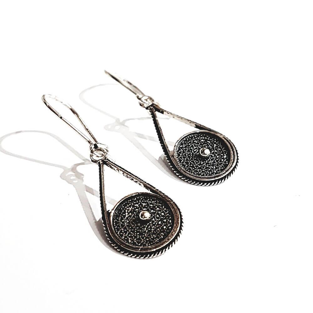 Silver earrings 1070.1