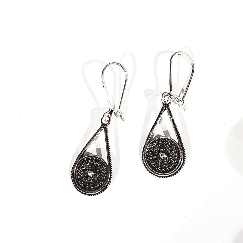 Silver earrings 1070.2